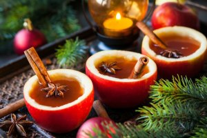8 Remarkably Simple Tips to Stay Healthy and Have Fun Over the Holidays